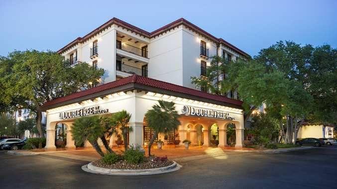 Doubletree By Hilton Hotel San Antonio Airport Tx Hotel