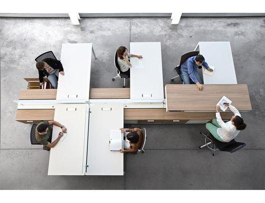 Espacios colaborativos y bench de multioficina mix for Distribucion de espacios de trabajo