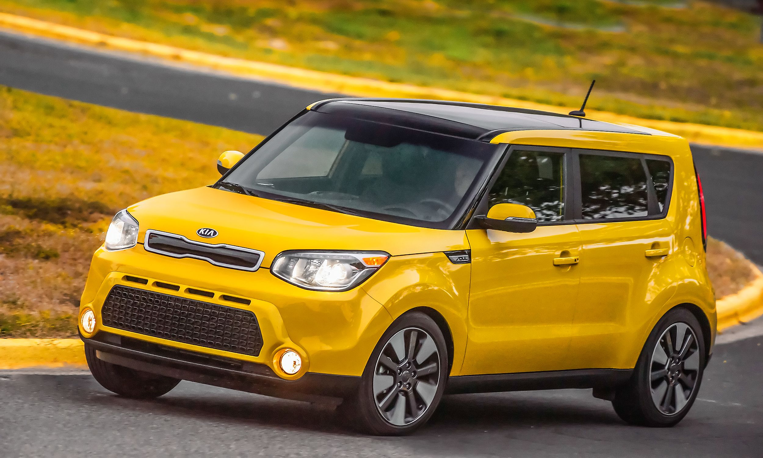 Small Cars Great For Road Tripping Kia Soul Kia Car