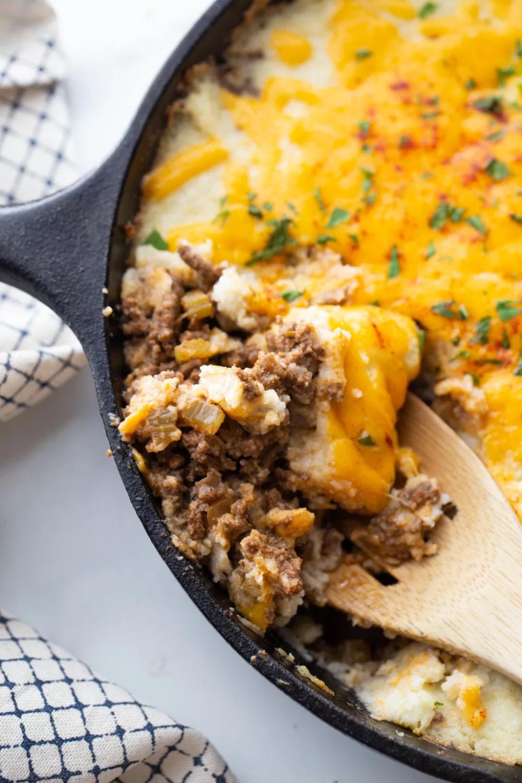 The Best Keto Shepherd S Pie W Cauliflower Mash Kasey Trenum Recipe In 2020 Shepherds Pie Keto Shepherd S Pie Recipes