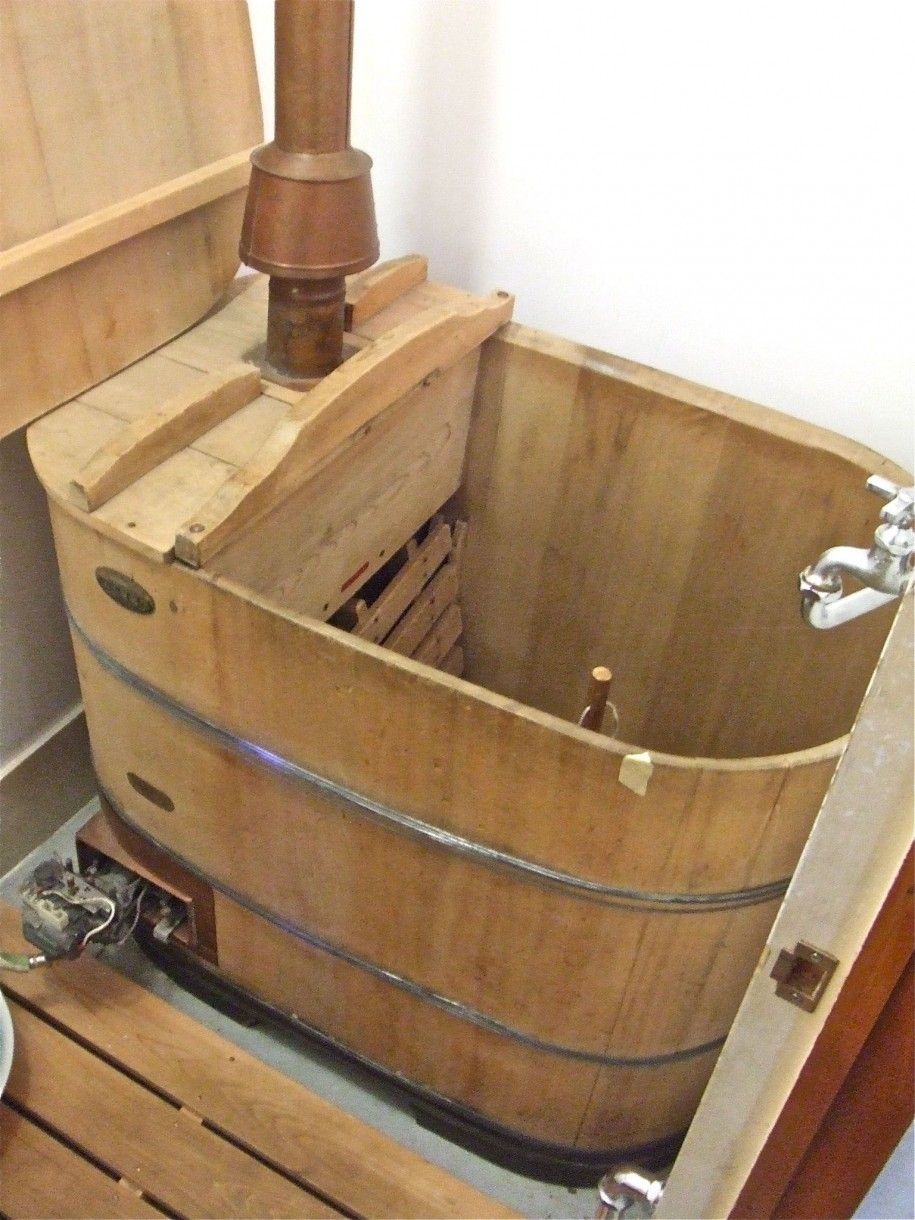 Fabulous Design Of Japanese Bath House : Brilliant Wooden Style Japanese  Bath House Bathtub Design More