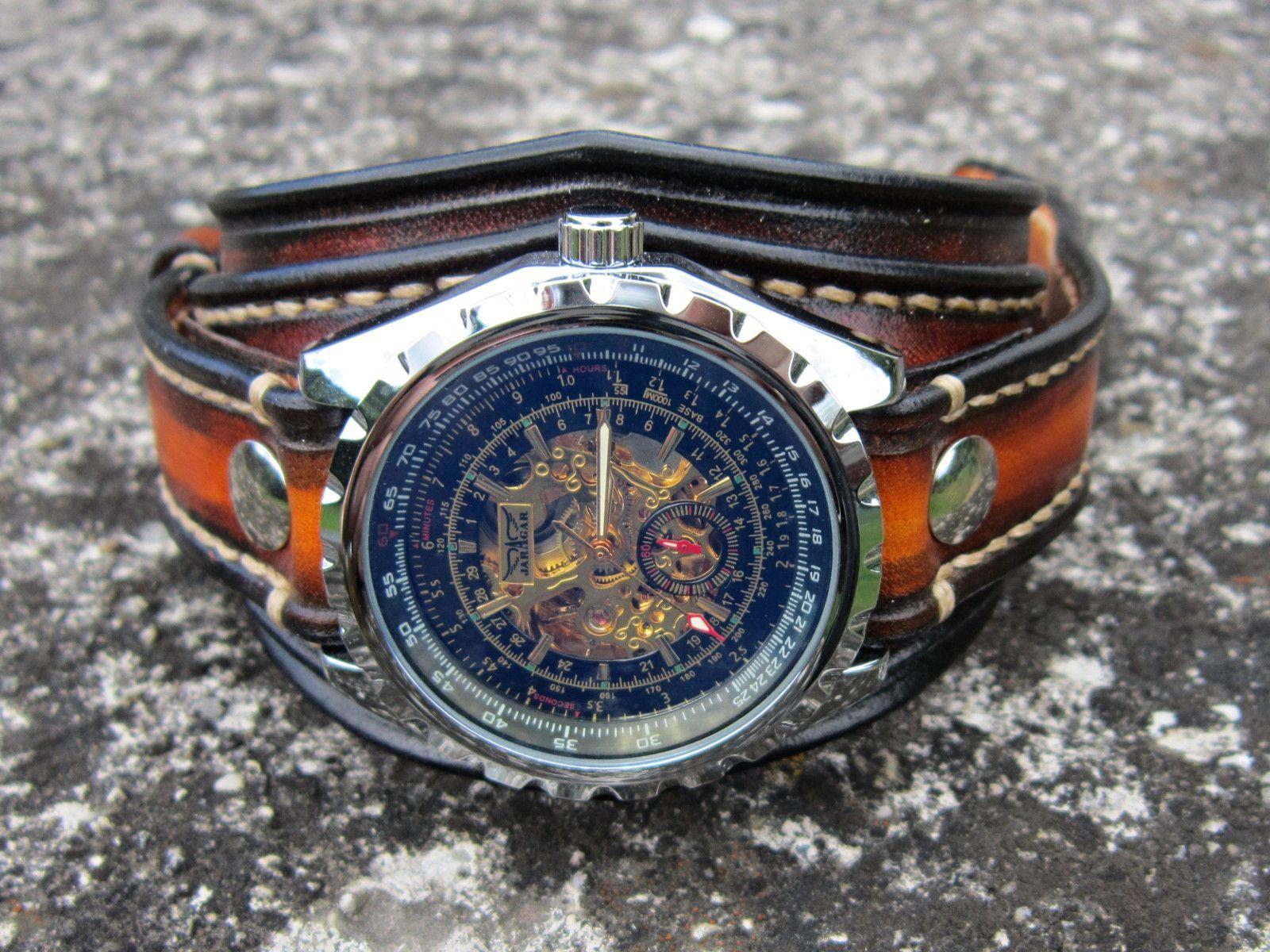 Štýlové+pánske+kožené+hodinky+hnedé+Náramok+je+vyrobený +z+pravej+ ... 96175afd66c
