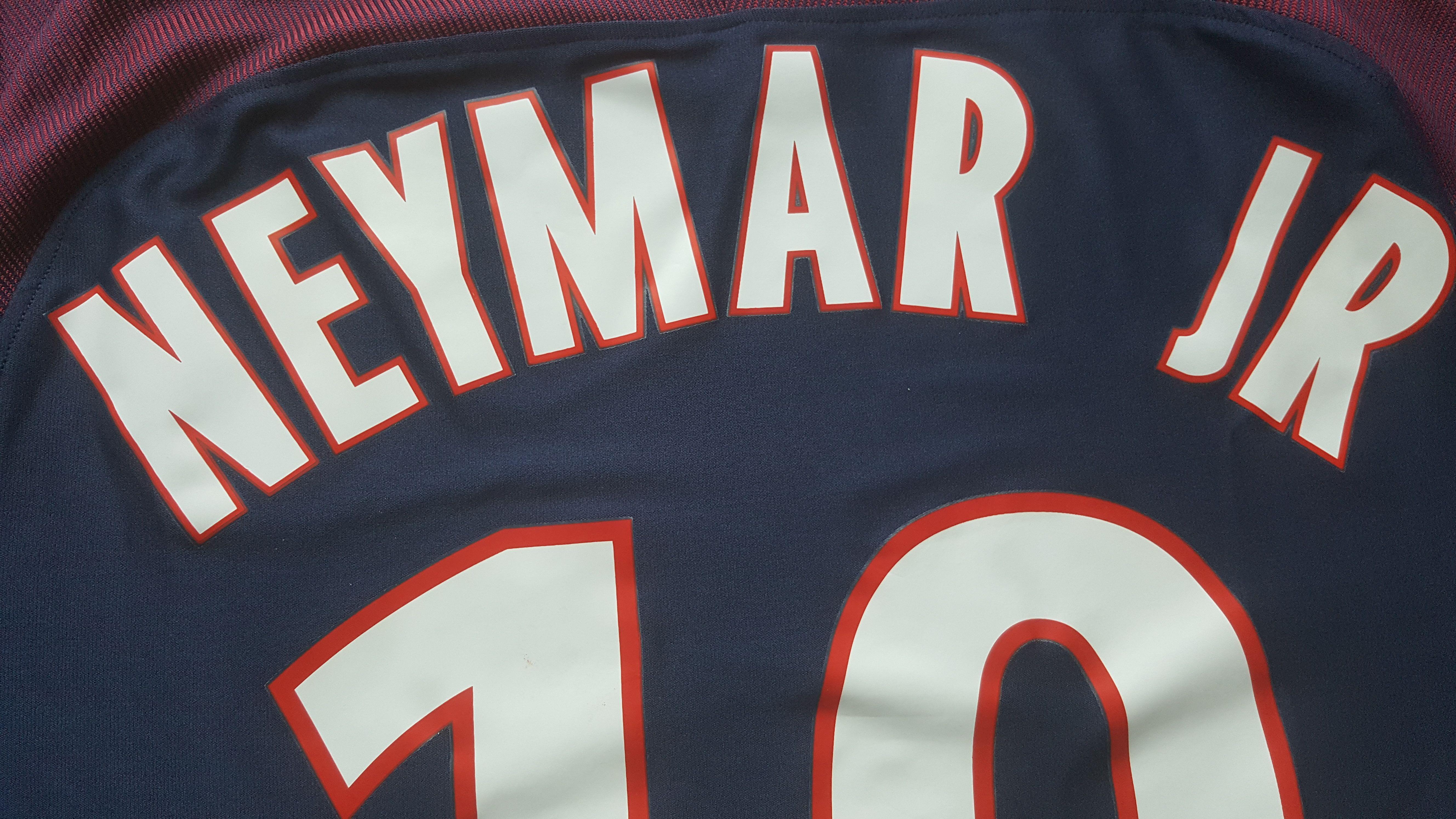 La Nueva Camiseta Neymar Paris Saint Germain  70d7778f324c2