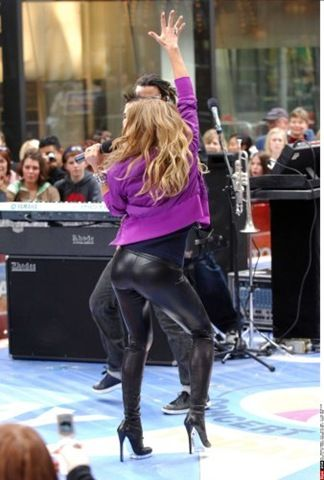 Pictures Of Fergie In Hot Leather Pants Leather Pants