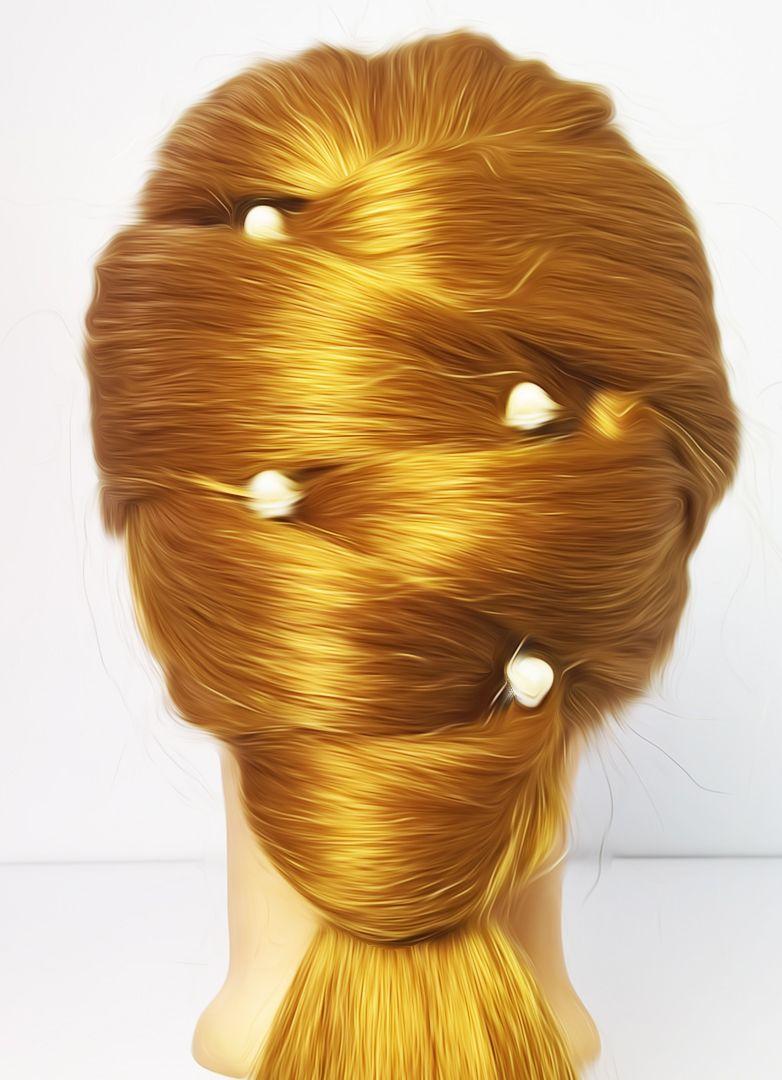 5 Minute Hairstyles In 2020 5 Minute Hairstyles Easy Bun Hairstyles Hair Styles