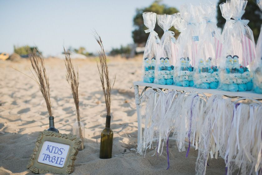 kids table for beach wedding