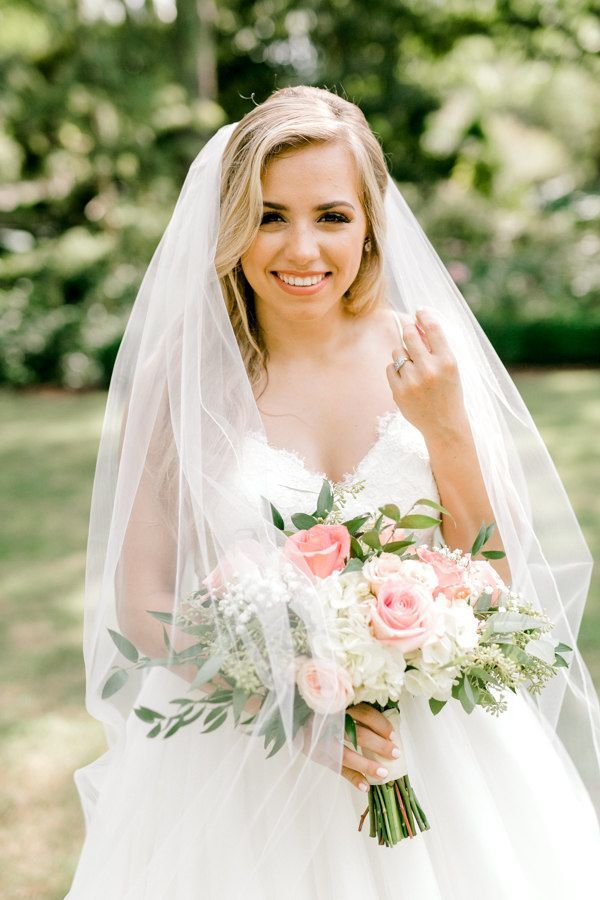 Haley: Bridal Portraits at The Dallas Arboretum | astylishsoiree.com