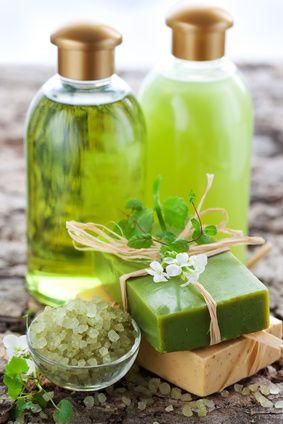DIY organic shampoos.  Easy and effective!