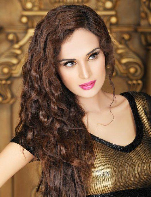5b865143bd Mehreen Syed Sexy Hot Pics | Celebrities | Hair styles, Pakistani ...
