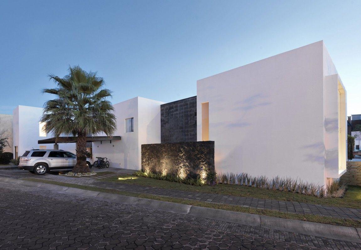 Casa ATT in Puebla, Mexico by Dionne Arquitectos