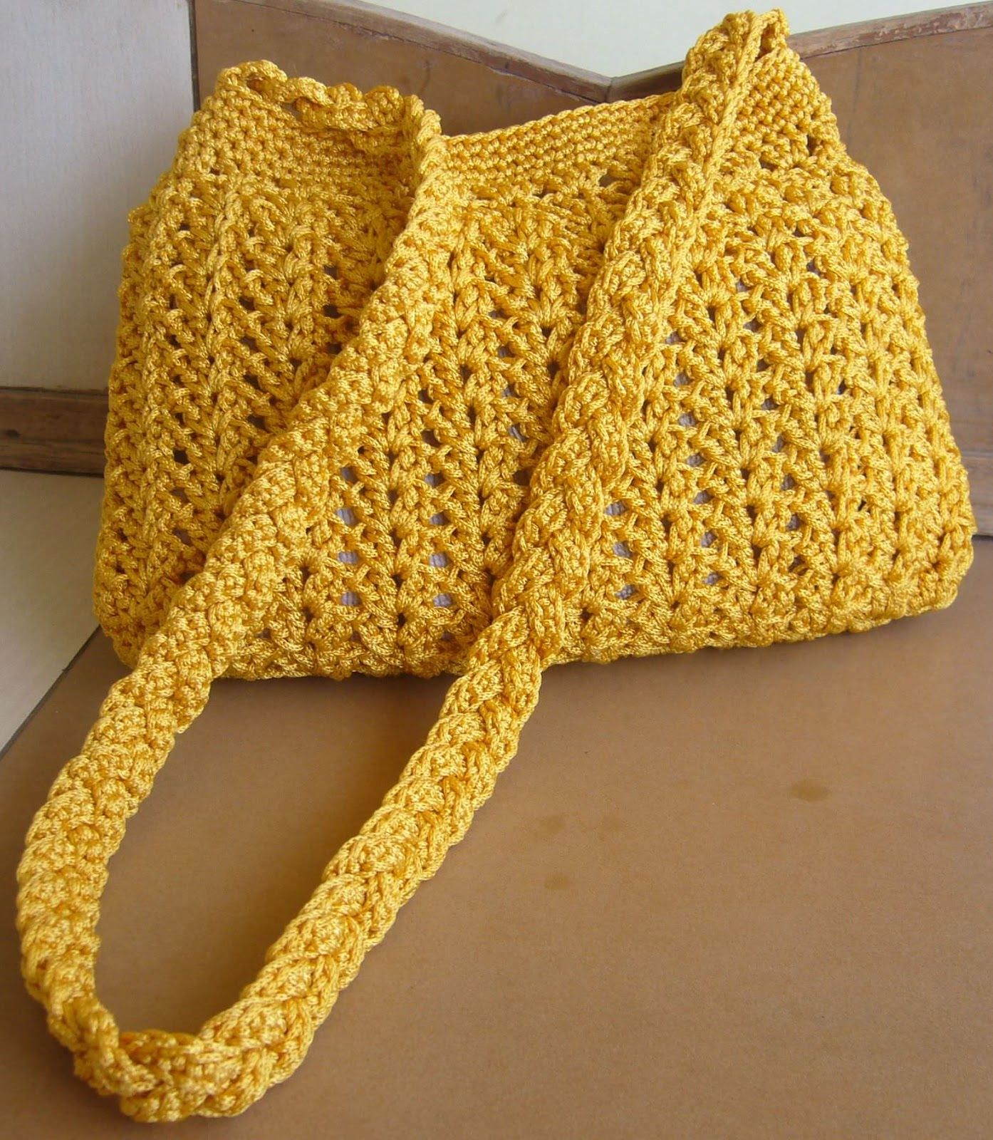Crochetkari golden yellow crochet purse with link to free pattern crochetkari golden yellow crochet purse with link to free pattern nordstrom bag bankloansurffo Gallery