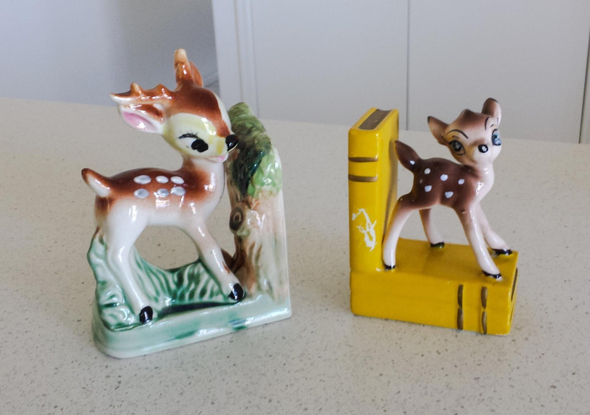 Retro deer bookends