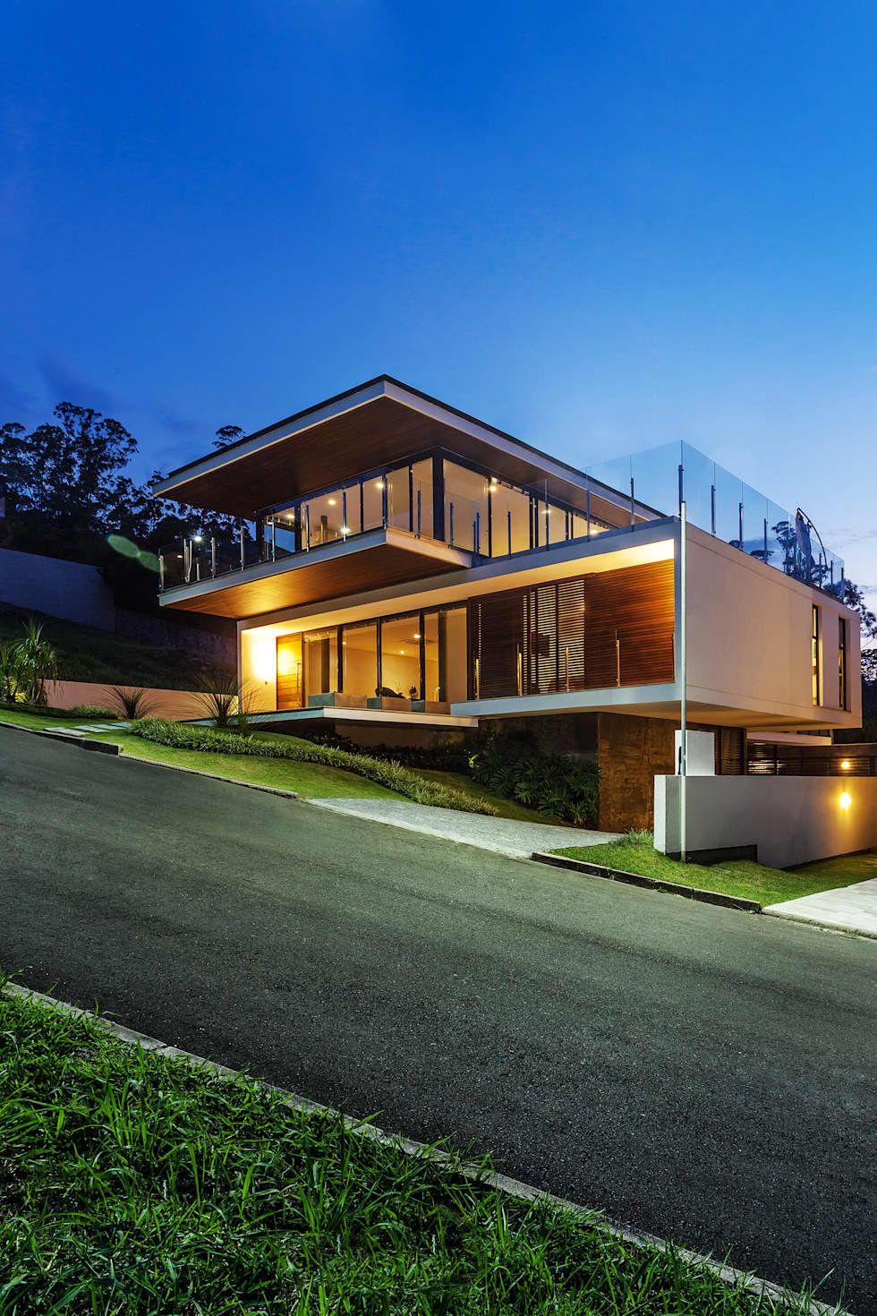 CASA LB: Casas modernas por JOBIM CARLEVARO arquitetos | Prefered ...