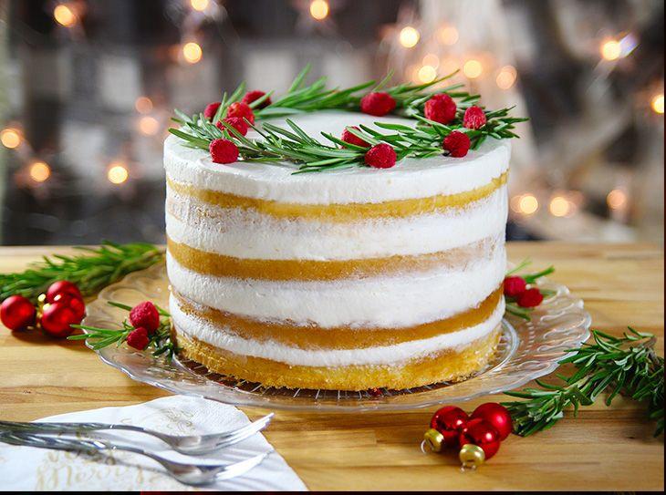 Naked cake ai frutti rossi semplice e golosa