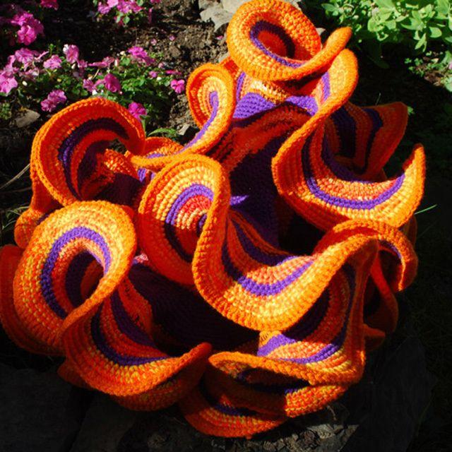 Hyperbolic Crochet | Pinterest | Häkeln