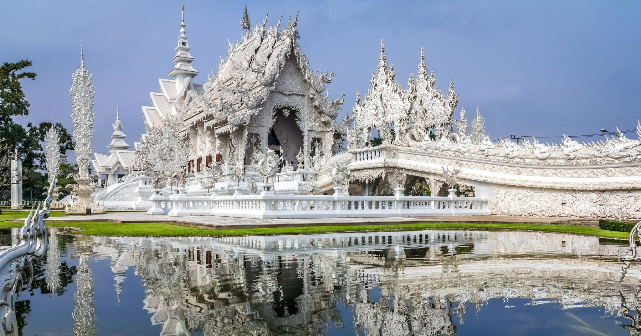 Thailand's White Temple Looks Like It Came Down From Heaven | White temple  thailand, White temple, Cool places to visit