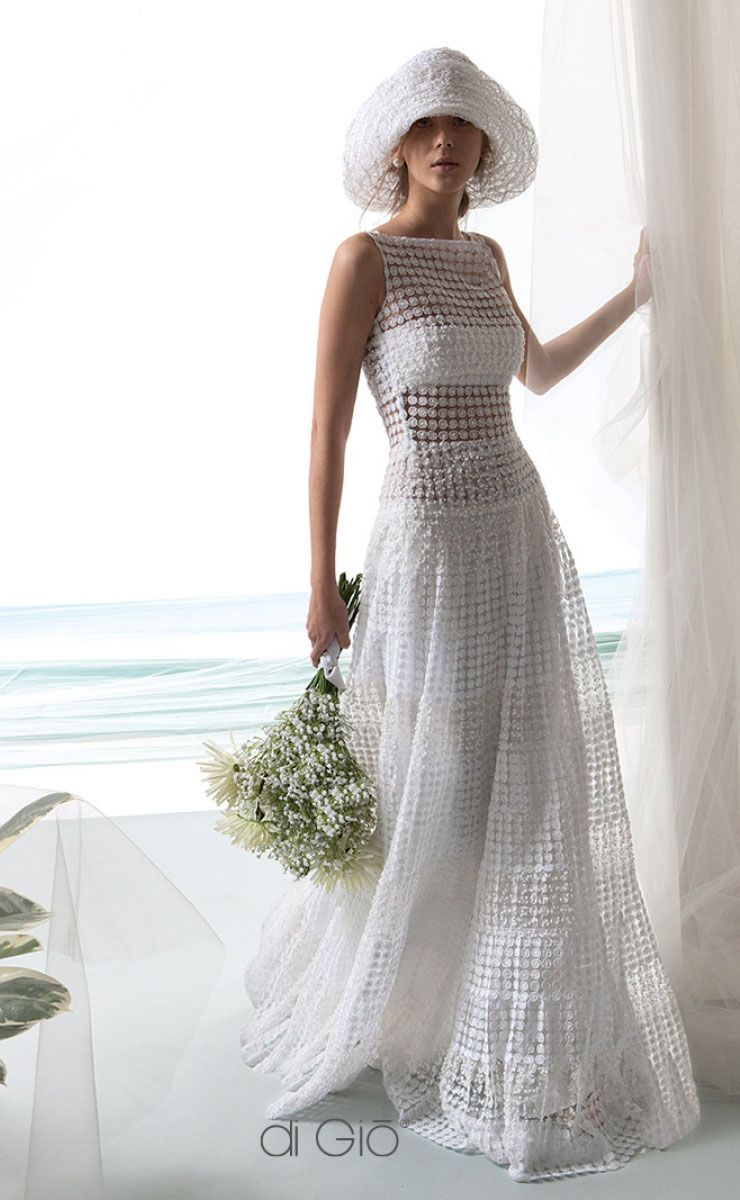 beautiful beach wedding dress #wedding #weddingdress #weddingdresses #weddinggown #bridalgown #bridaldress