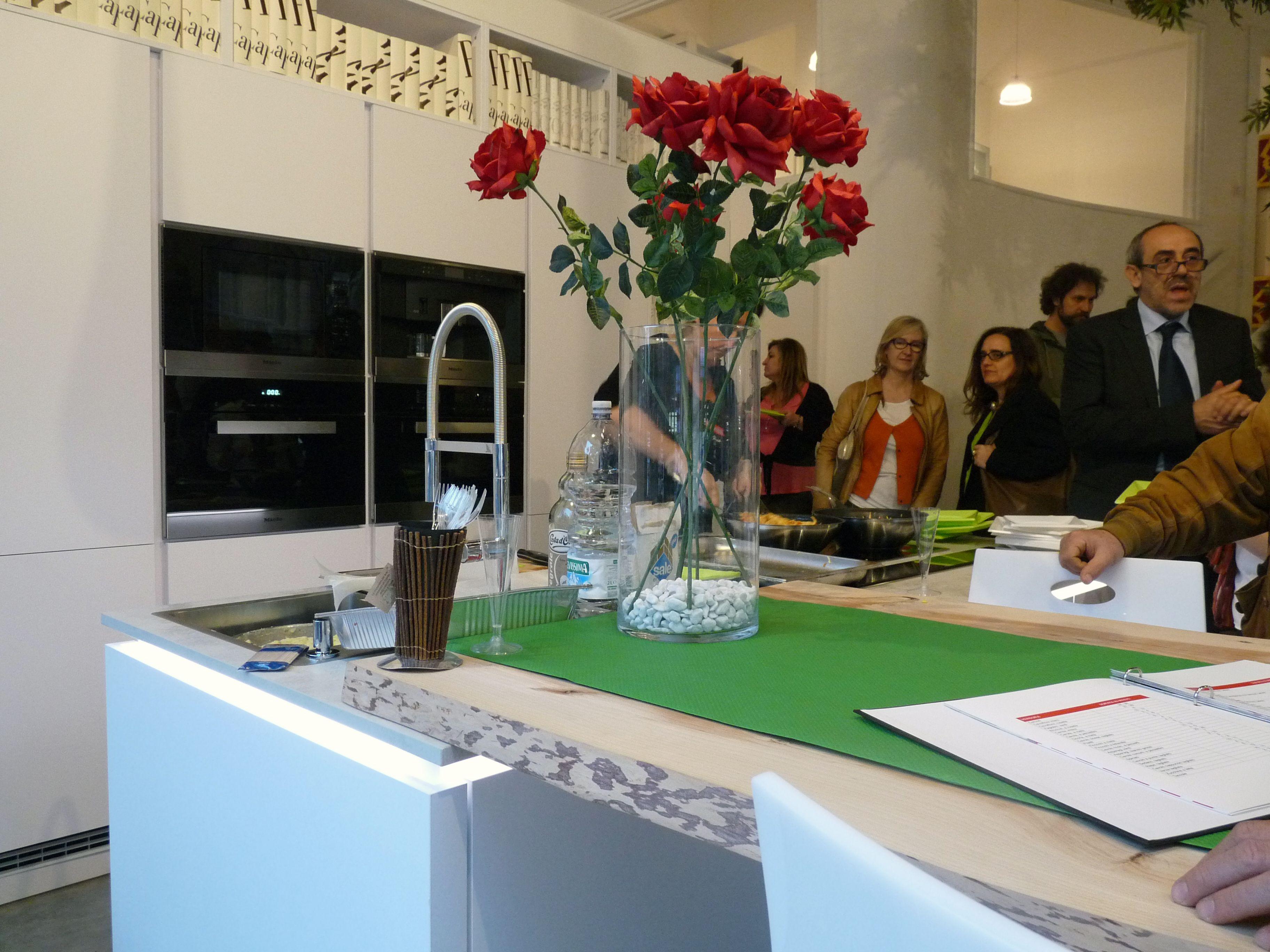 Inaugurazione life cucine gioved 16 aprile 2015 ospite chef miele - Life cucine milano ...