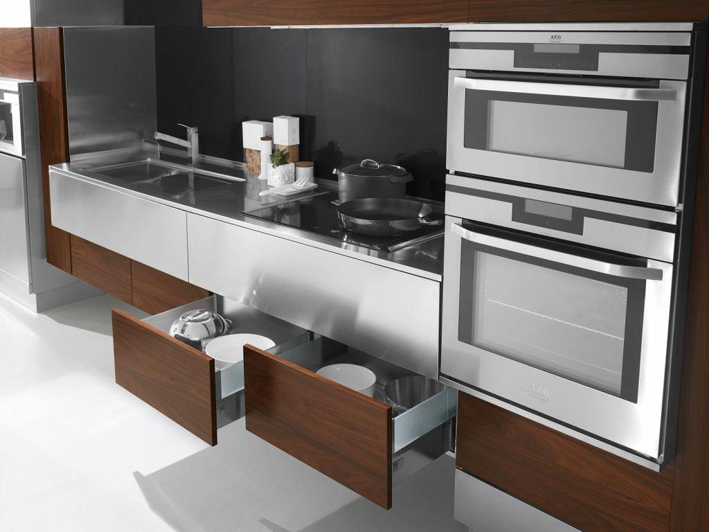 Arca Cucine Italia - Cucine Domestiche in Acciaio Inox - 24 - Retro ...