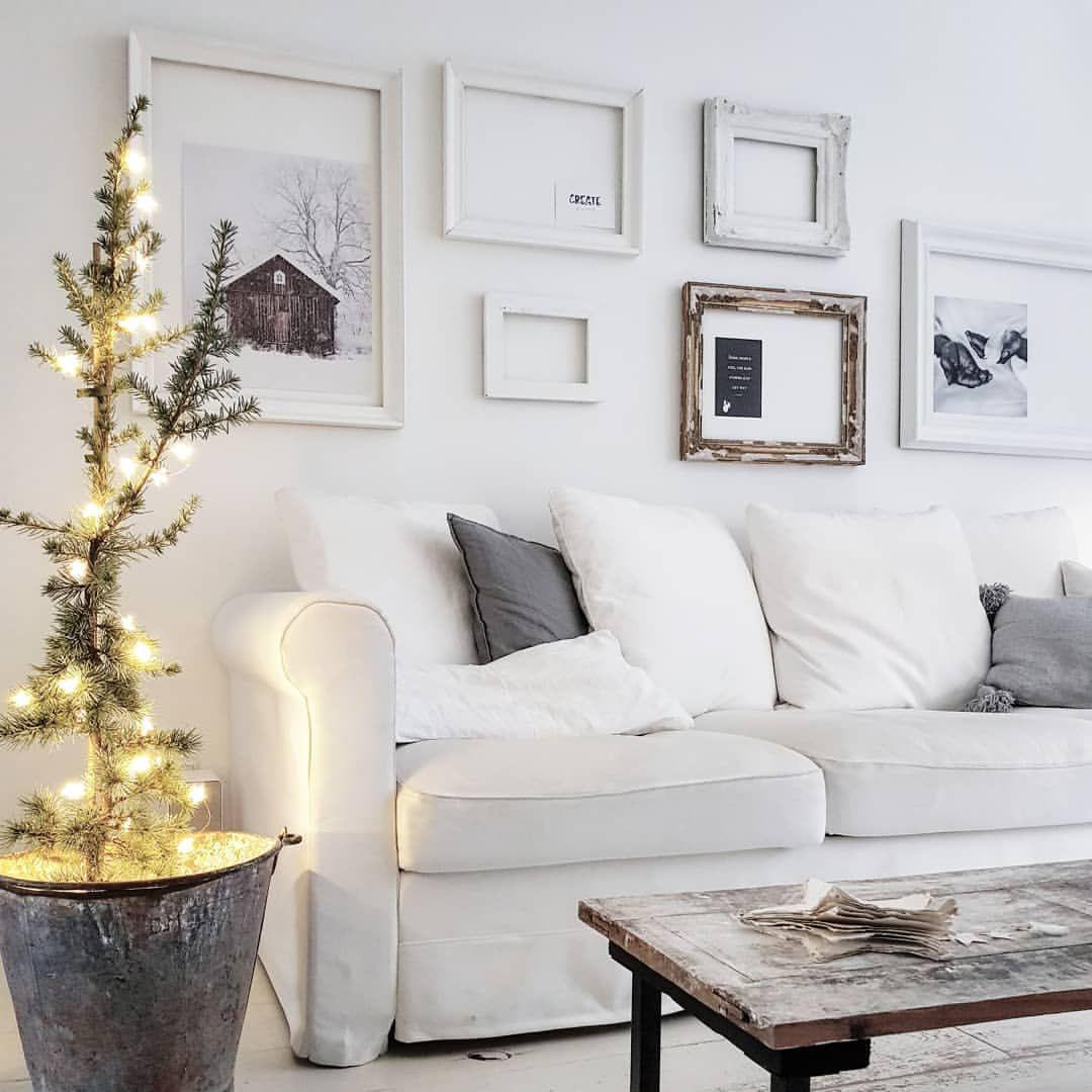 Rustic Valentines Day Decor                                       Gezellig weer die lichtjes! Happy eve   #whiteliving #whitehome #witwonen #interior #interir