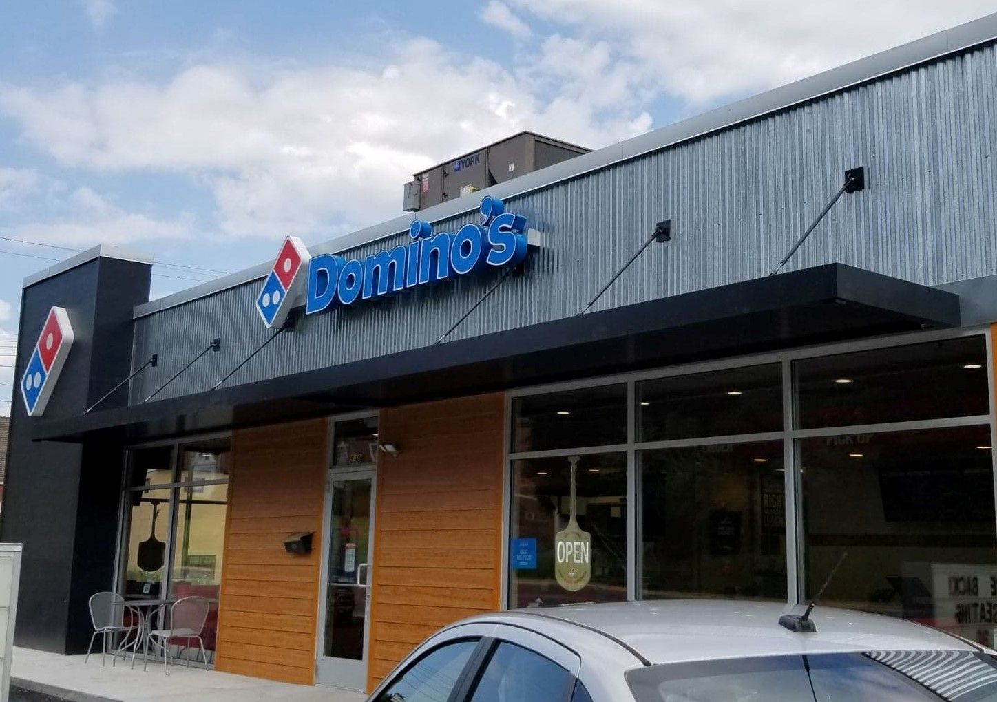 Masa Extrudeck Canopies At Domino S In Keyser Wv Architecture Create Design Build Americanmade Pizza Westvirginia Awning Canopy Custom Canopy Canopy
