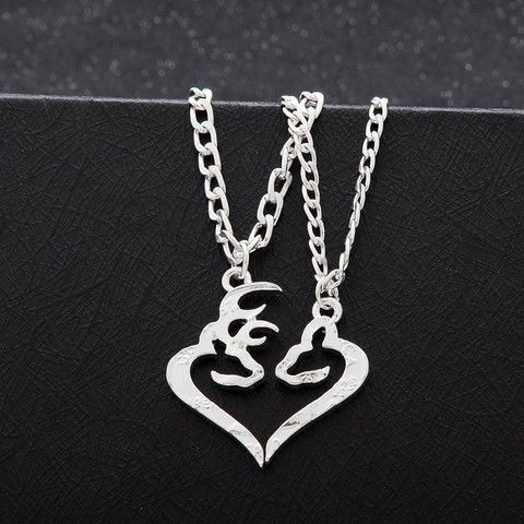 Deer Hunting Buck and Doe Couples Heart Necklace Kissing Broken in Half Set