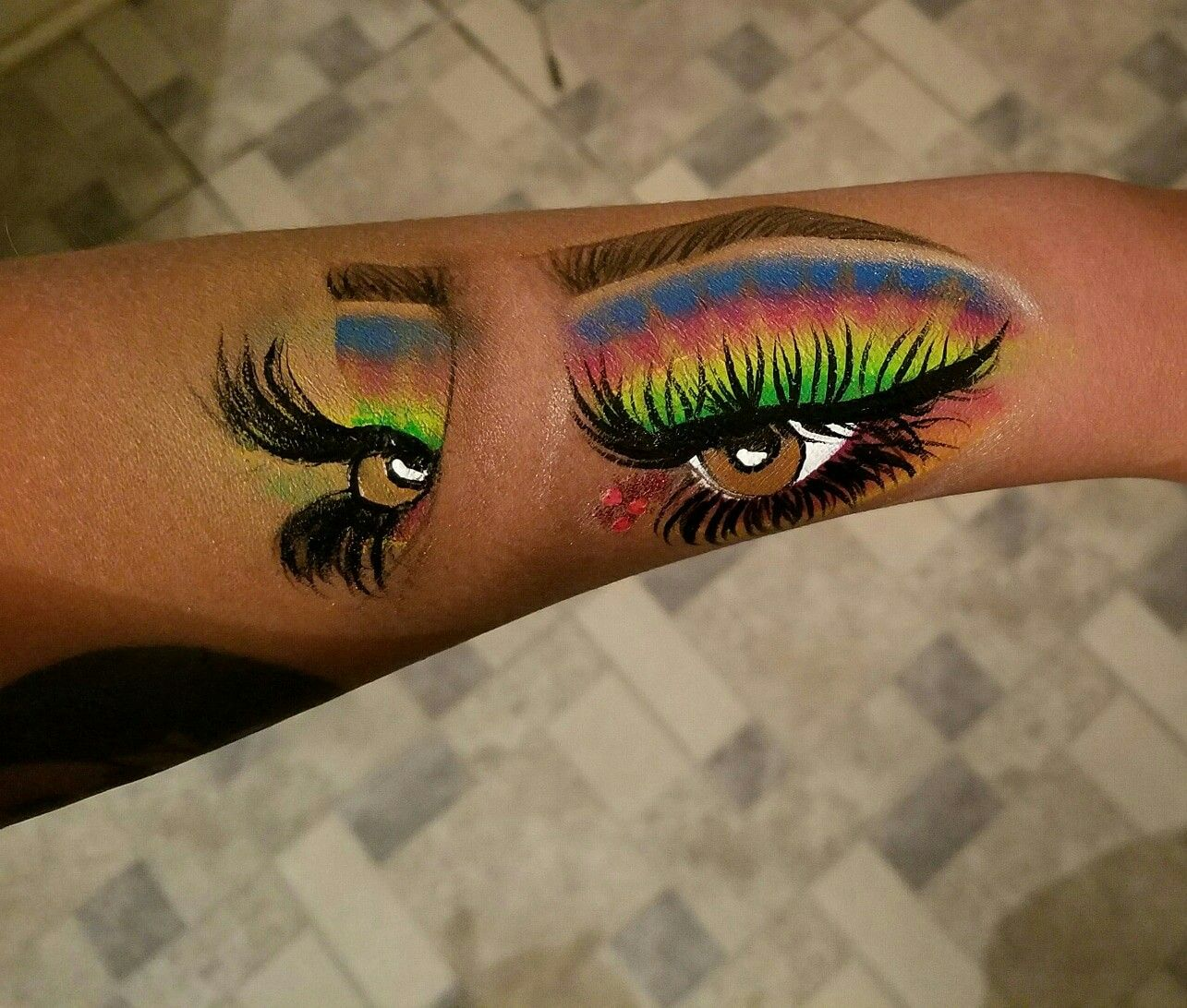 Makeup application I did on my arm😄 How to apply makeup