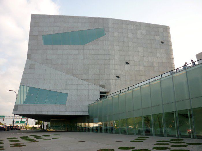 7. Walker Art Center MN Place to go things to do