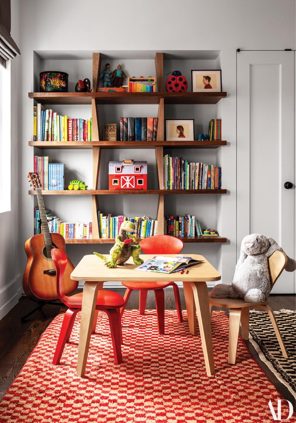 Best Step Inside Seth Meyers S Manhattan Duplex House Design 400 x 300