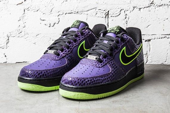 lowest price f20fa 36c5f Nike Air Force 1 Low – Court Purple – Volt