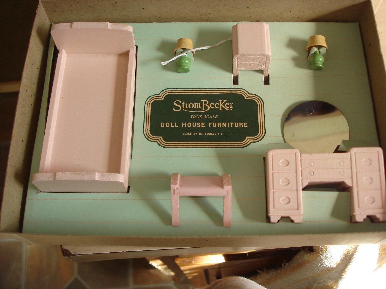 Vintage 1950 S Strombecker 873 Dollhouse Wood Bed Room