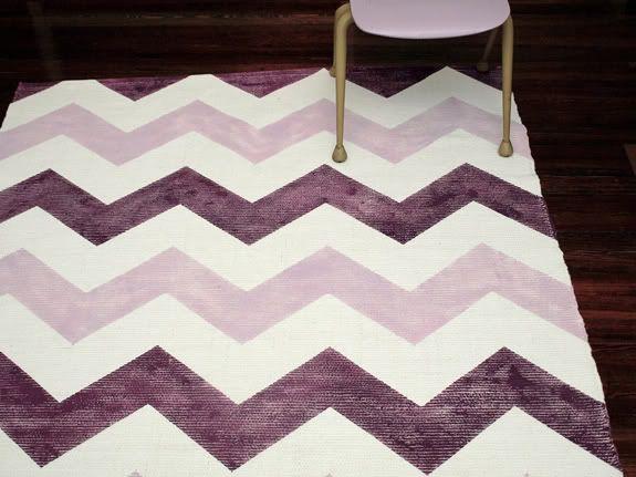 DIY: painted chevron rug