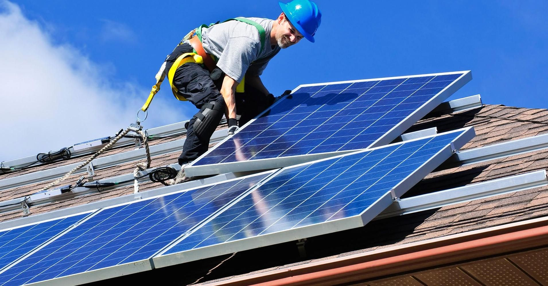 The Hottest Job Over The Next Decade Is Expected To Be Solar Panel Installer Solar Panels Solar Installation Residential Solar