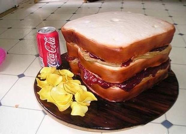Image from http://baconwrappedmedia.com/wp-content/uploads/2012/06/Amazing-Cake-Art-13.jpeg.