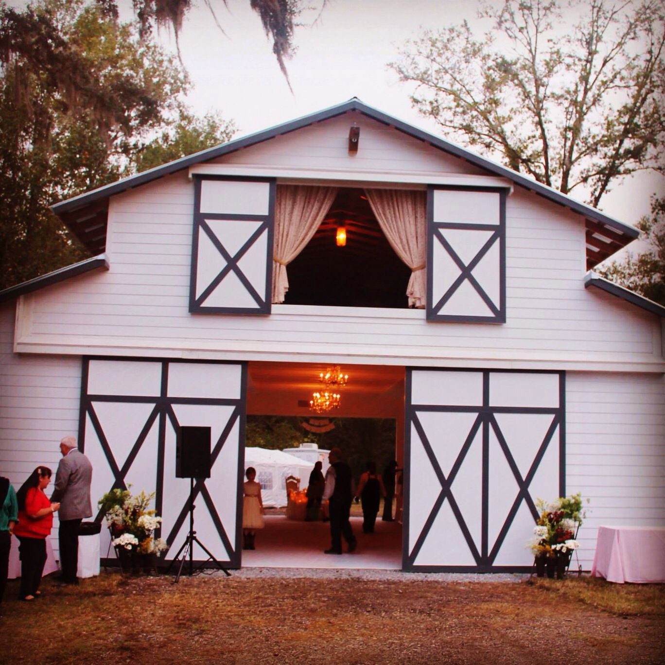 The White Barn In Historic Brooksville Fl Is A Perfect