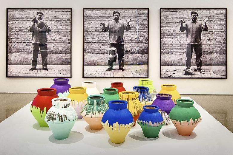 Ai Weiwei Vase Recherche Google Artwork Pinterest Collage