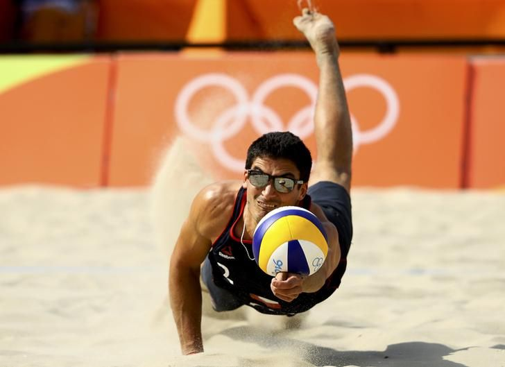 Olympics Rio Esteban Grimalt Of Chile Competes In The Beach Volleyball Reuters Lucy Nicholson Olympics Olympic Sports Olympic Games
