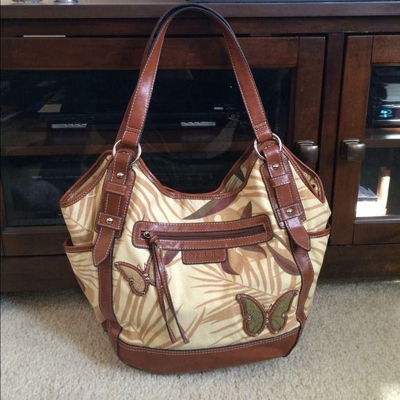St Johns Bay Leather Purse Like New John S Bags