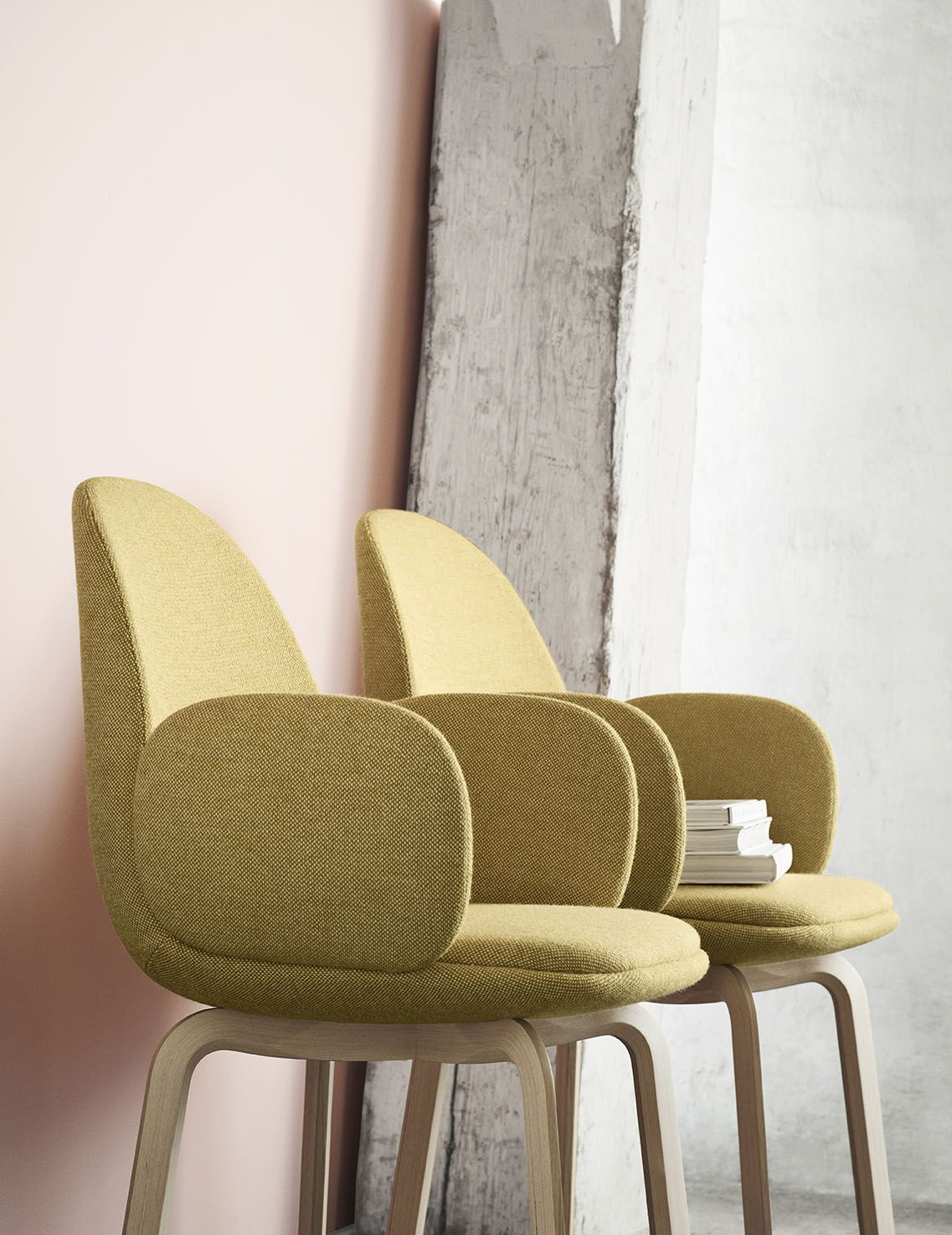 Fritz Hansen - NEW CHAIR! Sammen™ - the chair is for a pleasant evening in the company of good friends and family. Fri™ is designed by Jaime Hayon.