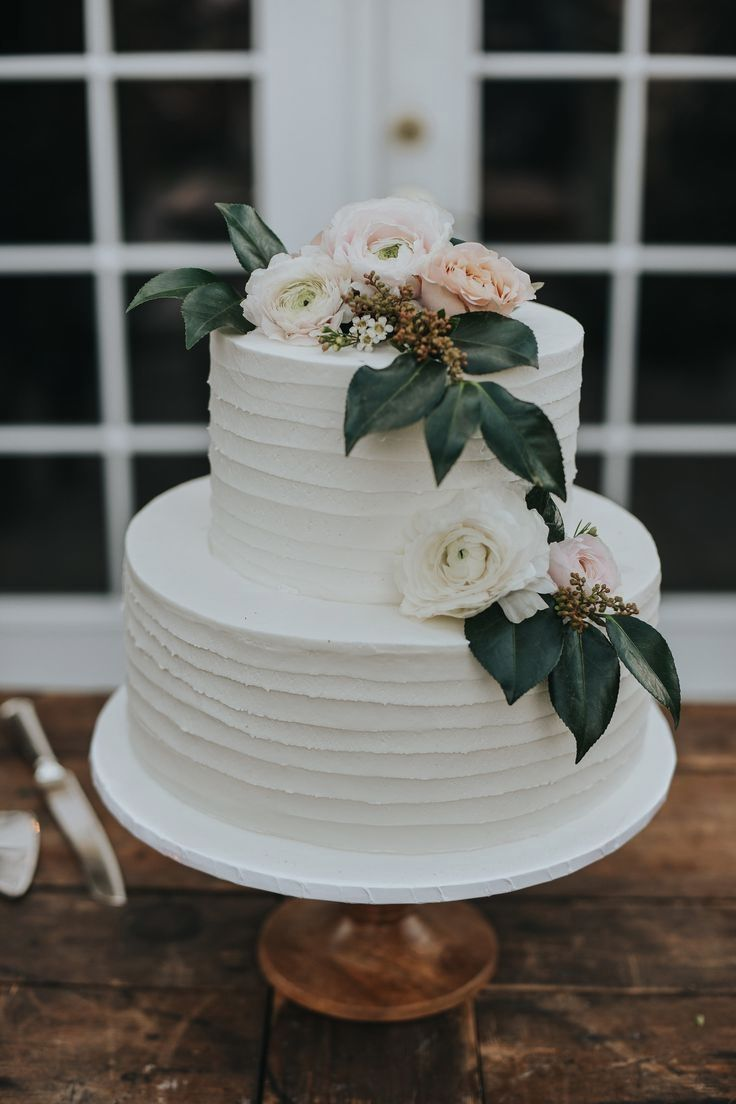Rustic Wedding Cakes Ideas in 2020 | Winter wedding cake ...