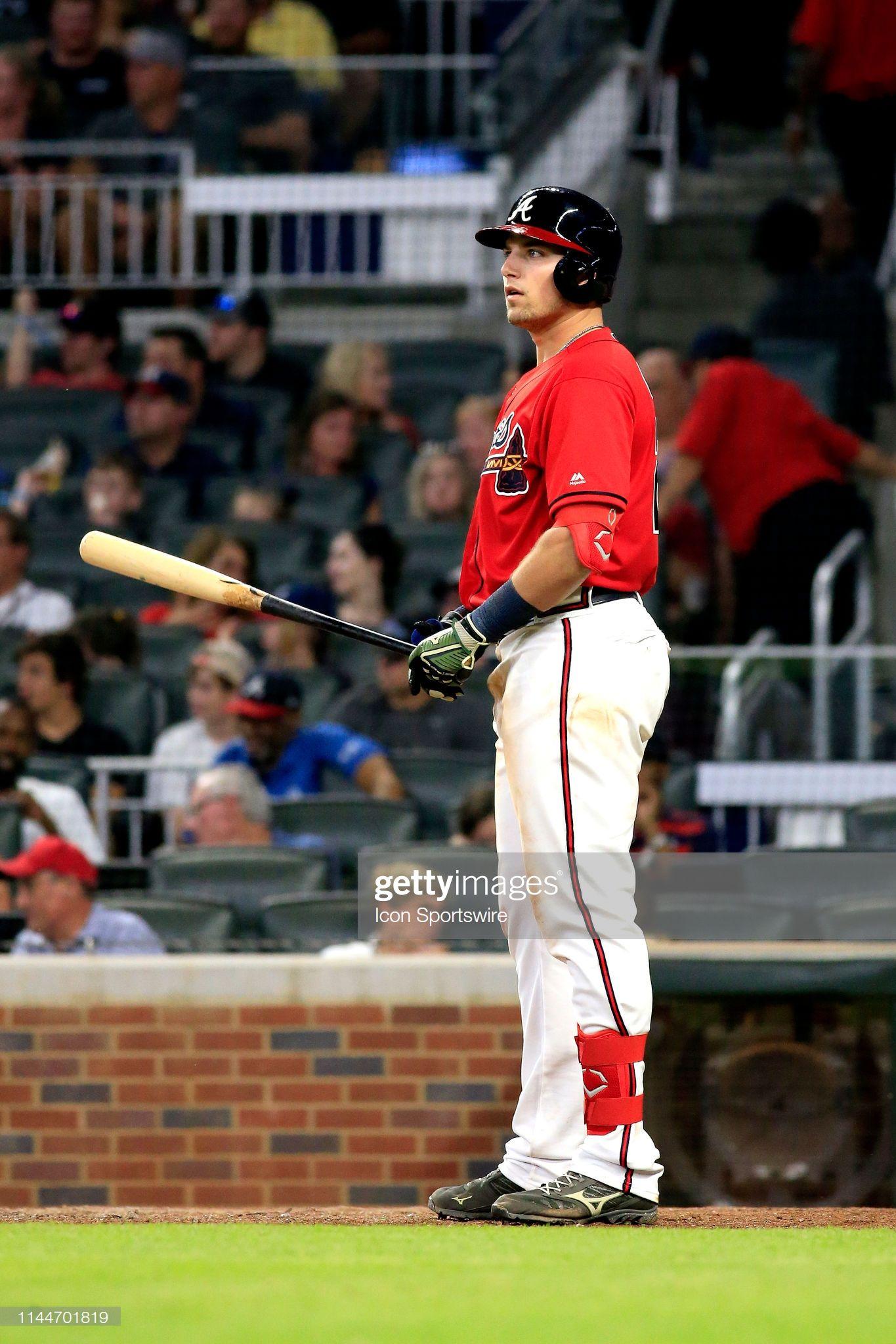Atlanta Braves Rookie Outfielder Austin Riley Gets Ready To Bat Atlanta Braves Braves The Outfield