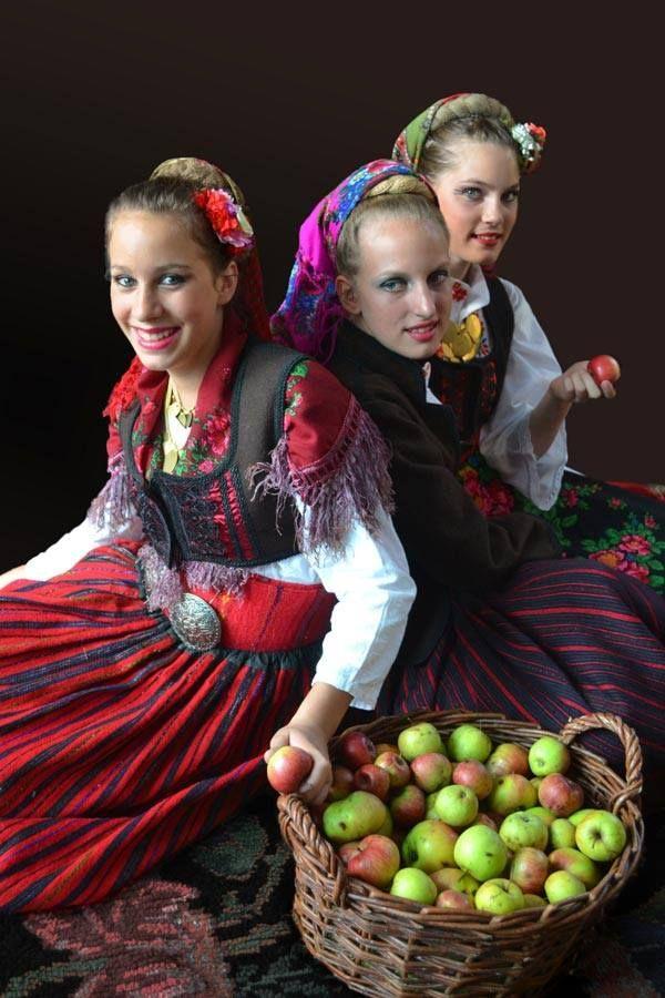 Serbian girls in traditional costumes of Gornje-Pcinje.