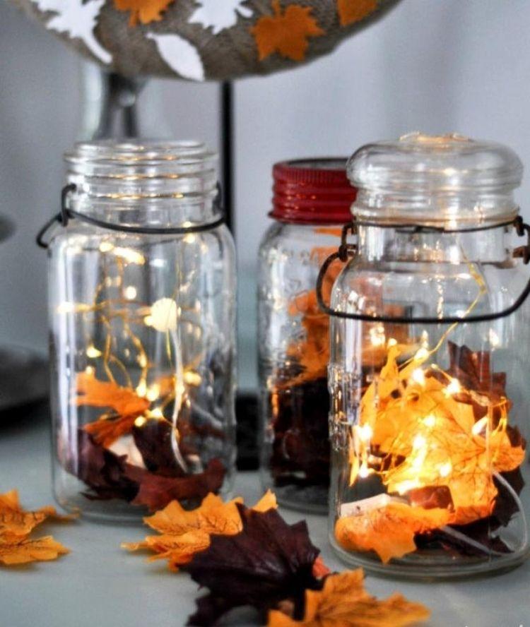 Schöne Herbstdekoration Basteln Und Mit Herbstblättern Verzieren