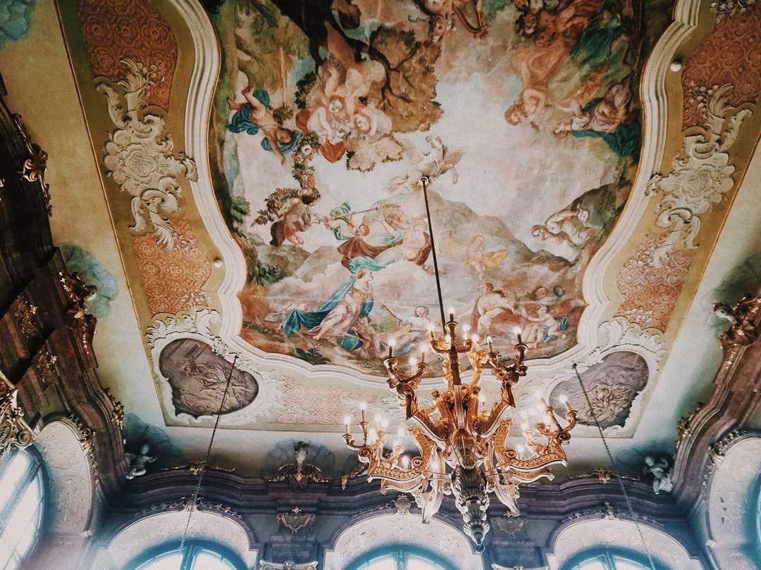 Look  Look up!    #may#spring#tb#aesthetic#architecture#art#tumblr#light#vsco#vscocam#vscogood#photography#analog#love#lb#likeforlike#instagood#photooftheday#photography#film#35mm#sad#przegladinstagrama#photophabryka#grain#nature#vintage#instagram