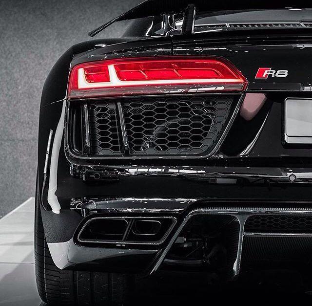 Audi R8, yes please!