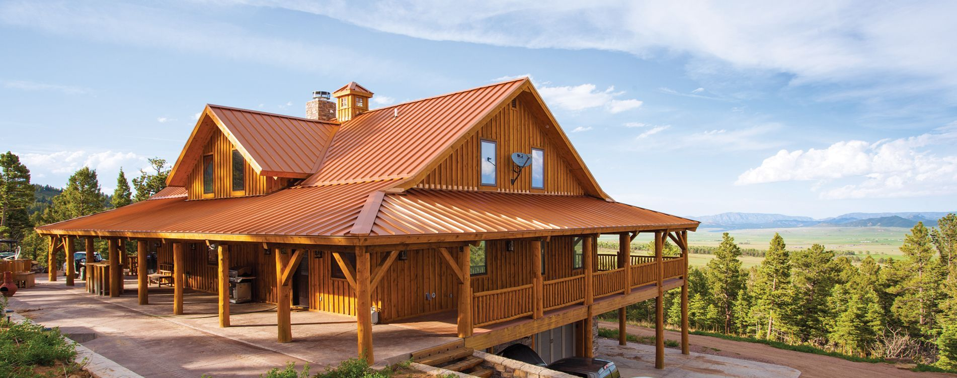 Pre Designed Wood Barn Home Ponderosa Country Barn Home 2 845 Sq Ft By Sand Creek Post Beam With Images Barn House Barn Style House House In The Woods