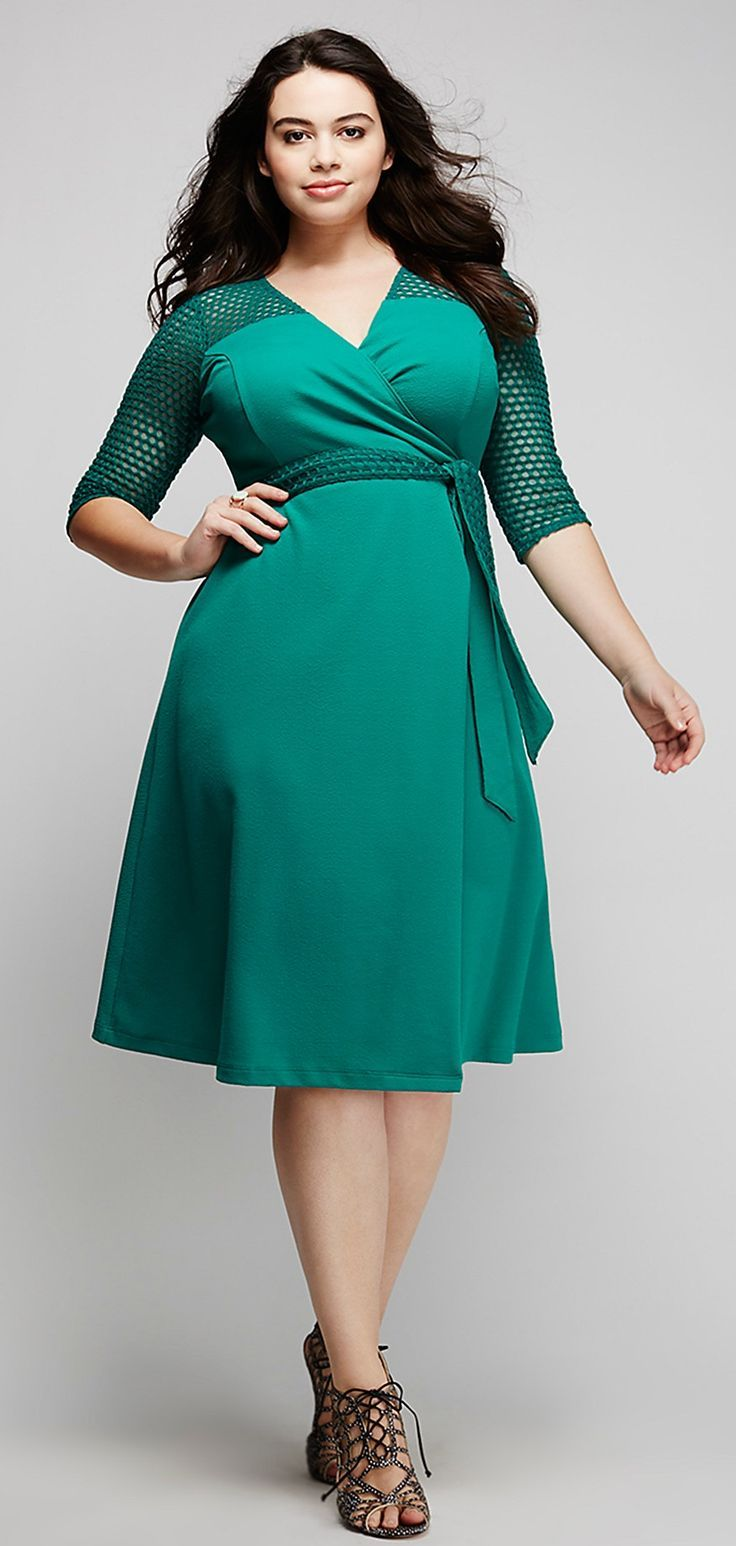 Plus Size Wrap Dress | Plus Size Fashion | Pinterest | Grün und Kleider