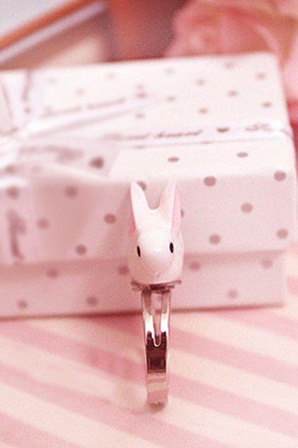 Romwe : Lovely Rabbit Ring $16.99