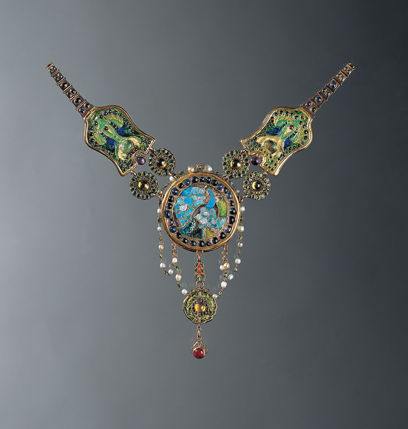 louis comfort tiffany necklace c 1903 6 peacock and flamingo enamel opal amethyst ruby. Black Bedroom Furniture Sets. Home Design Ideas