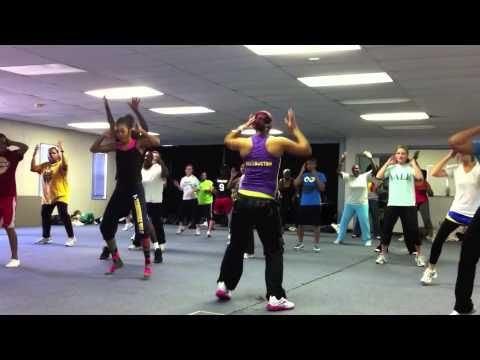 Wiggle Wiggle Some Good Parts Zumba Exercise